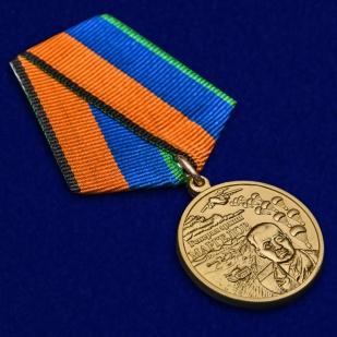 Медаль Генерал армии Маргелов в футляре - общий вид