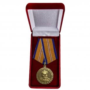 """Медаль """"Маршал Чуйков"""" в футляре"""
