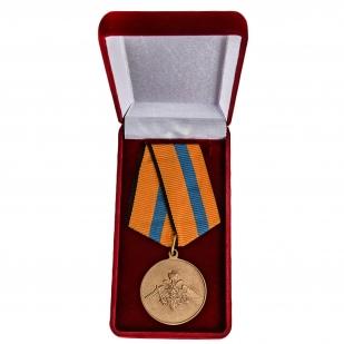Медаль МО РФ Участнику борьбы со стихией на Амуре - в футляре