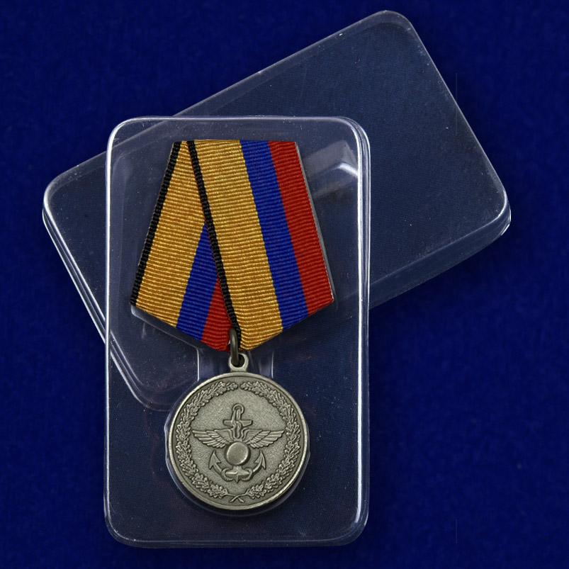 Медаль «За отличие в учениях» МО РФ в футляре