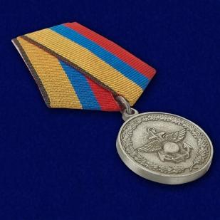 Медаль «За отличие в учениях» МО РФ - общий вид