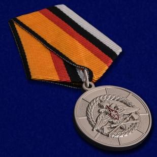 Медаль МО РФ За усердие при выполнении задач инженерного обеспечения - общий вид