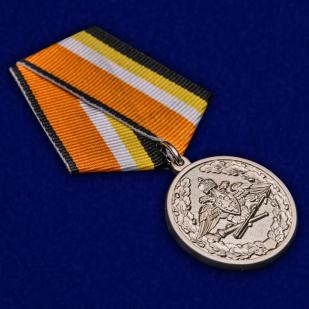 Медаль МО РФ За усердие при выполнении задач радиационной, химической и биологической защиты - общий вид
