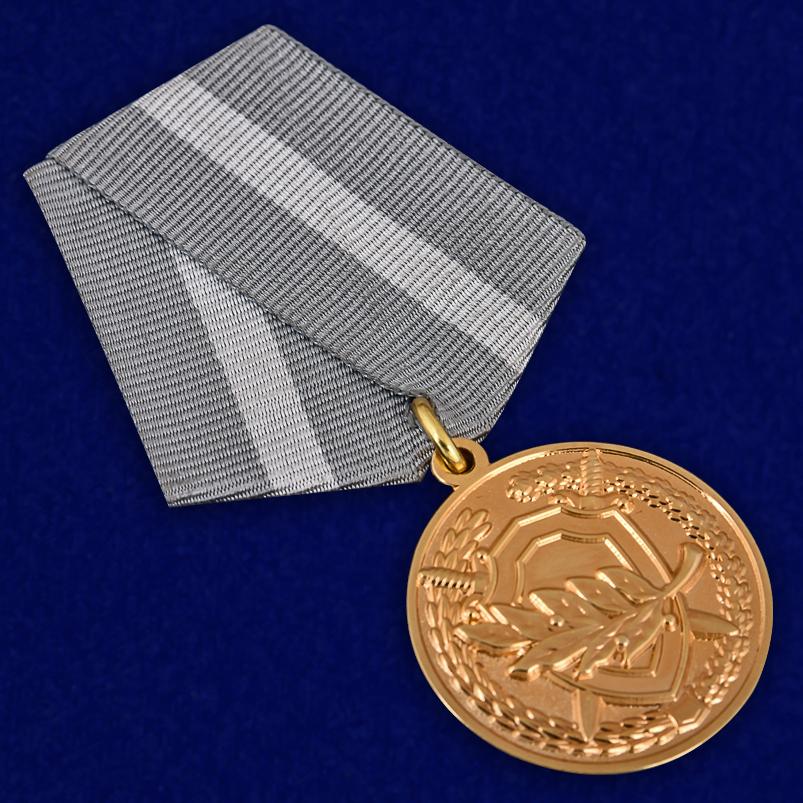 Медаль СК РФ За содействие - общий вид