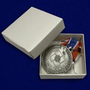 Медаль Участнику чрезвычайных гуманитарных операций МЧС