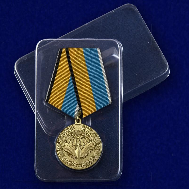 Медаль Участнику миротворческой операции - в пластиковом футляре