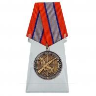 Медаль Ветеран боевых действий на подставке