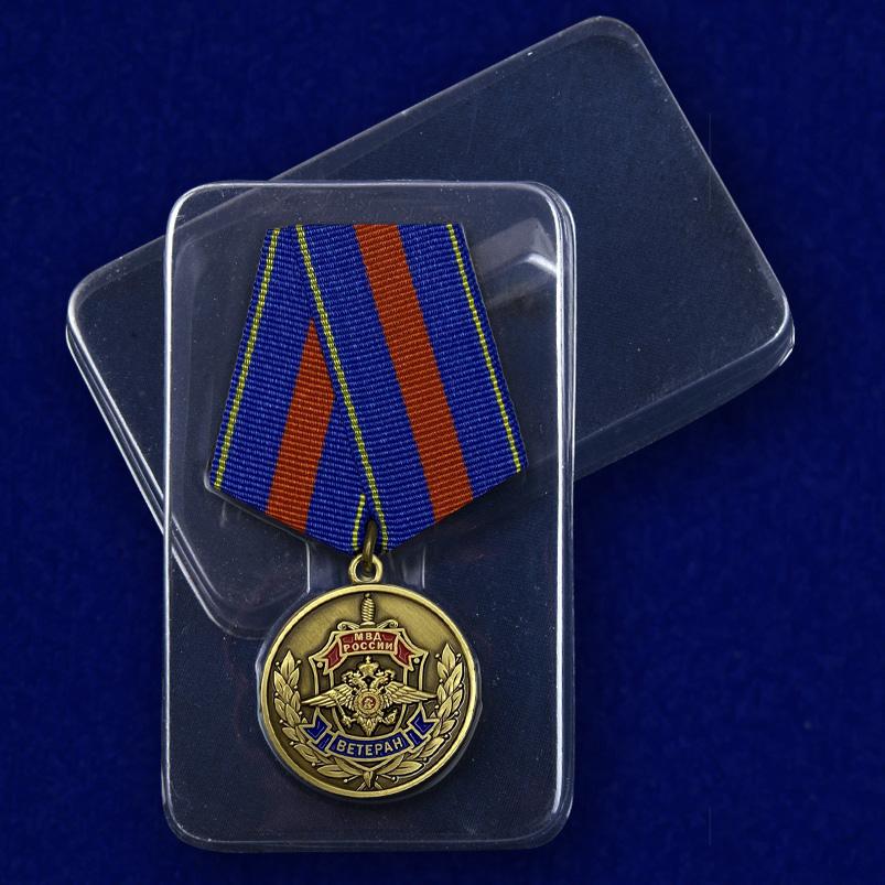 Медаль Ветеран МВД «Служим России, служим закону!» - в футляре