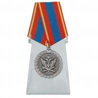 Медаль Ветеран уголовно-исполнительной системы на подставке