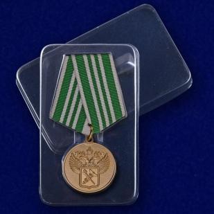 """Медаль """"За службу в таможенных органах"""" 3 степени в футляре"""
