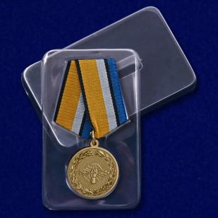 """Медаль """"За службу в войсках радиоэлектронной борьбы"""" в футляре"""