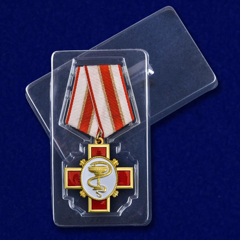 Медаль За заслуги в медицине - в футляре