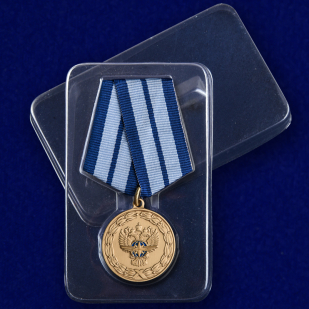 """Медаль """"За заслуги в развитии транспортного комплекса России"""" в футляре"""