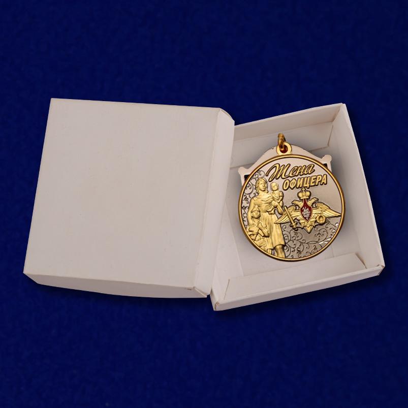 """Медаль """"Жена офицера"""" в футляре"""