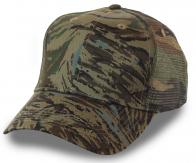 Мужская милитари кепка с сеткой, которую у нас заказывают рыбаки, охотники, туристы и игроки в пейнтбол. Всё, что ты ждешь от камуфляжа, есть в этой бейсболке!