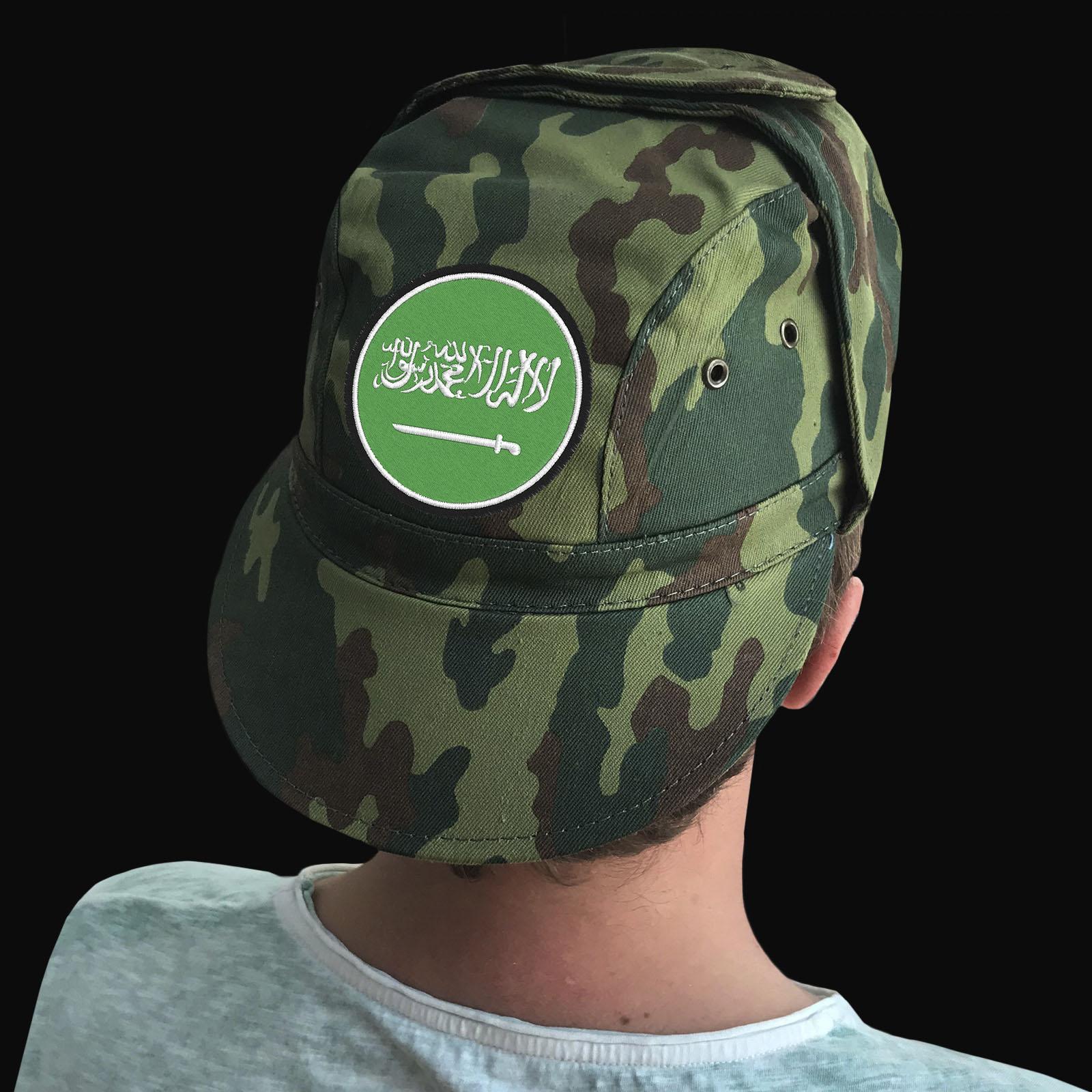 Милитари кепки в камуфляжном дизайне – наличие