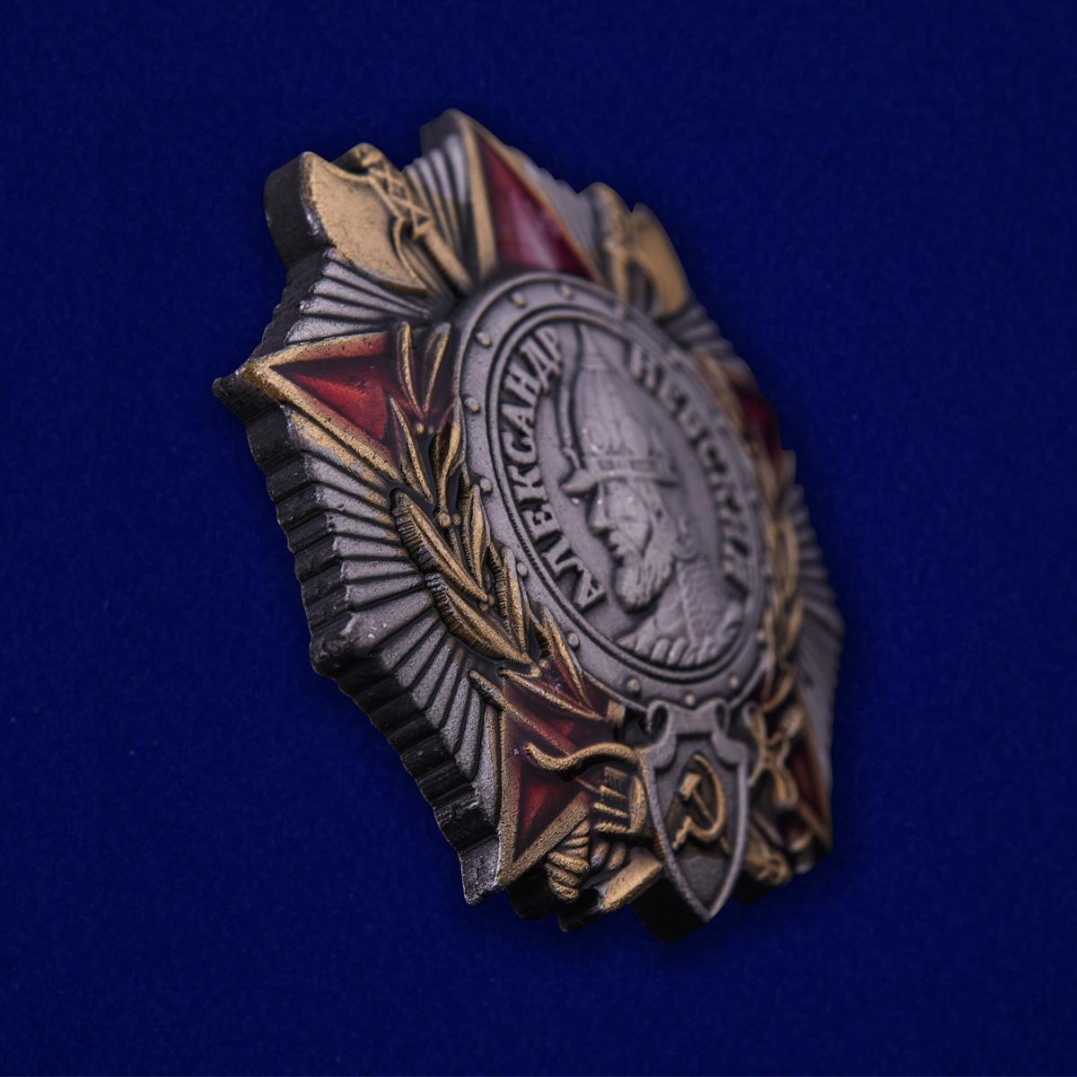 """Нагрудный знак """"Орден Александра Невского"""" - в профиль"""