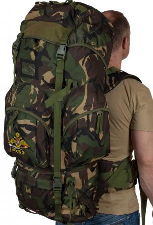 Многодневный туристический рюкзак с нашивкой РХБЗ