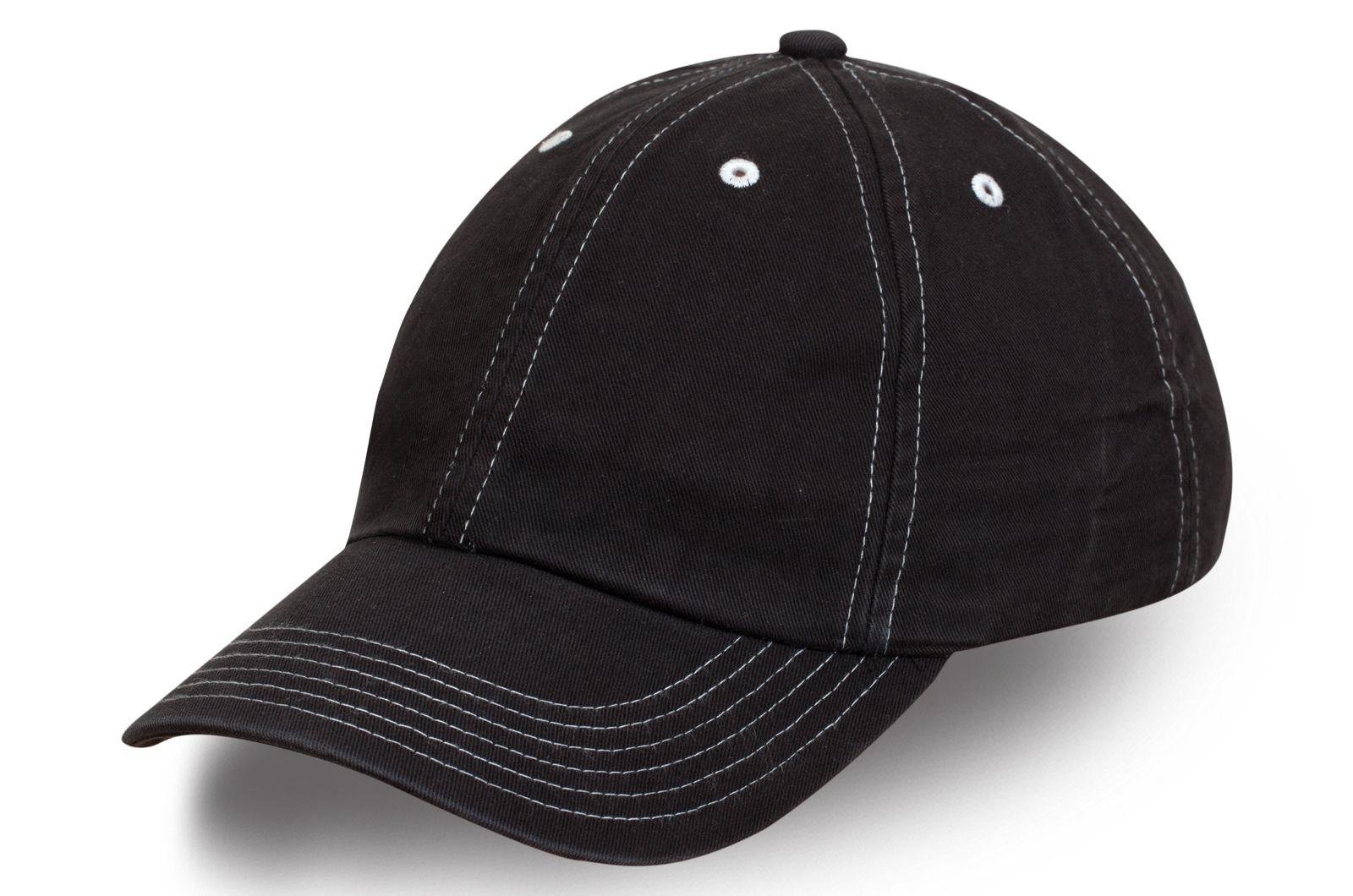 Модная бейсболка черная