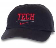 Модная бейсболка с надписью Tech.