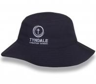 Модная черная шляпа-панама