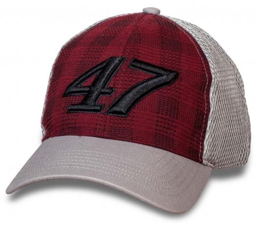 Модная кепка с номером 47