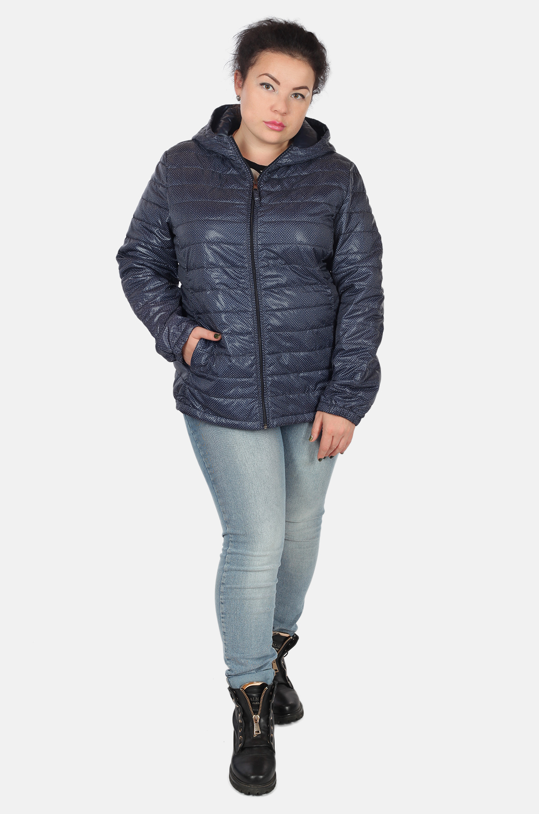 Стеганая молодежная курточка на синтепоне