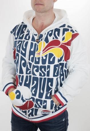 Модная куртка-толстовка Pepsi Cola. Фирменные цвета, узнаваемый логотип, уютный капюшон, удобные карманы. Стильный мужской дизайн, защита от холода, ЧЕСТНАЯ цена