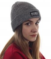 Модная шапка Element Originals. Качественная модель для спортивных девушек