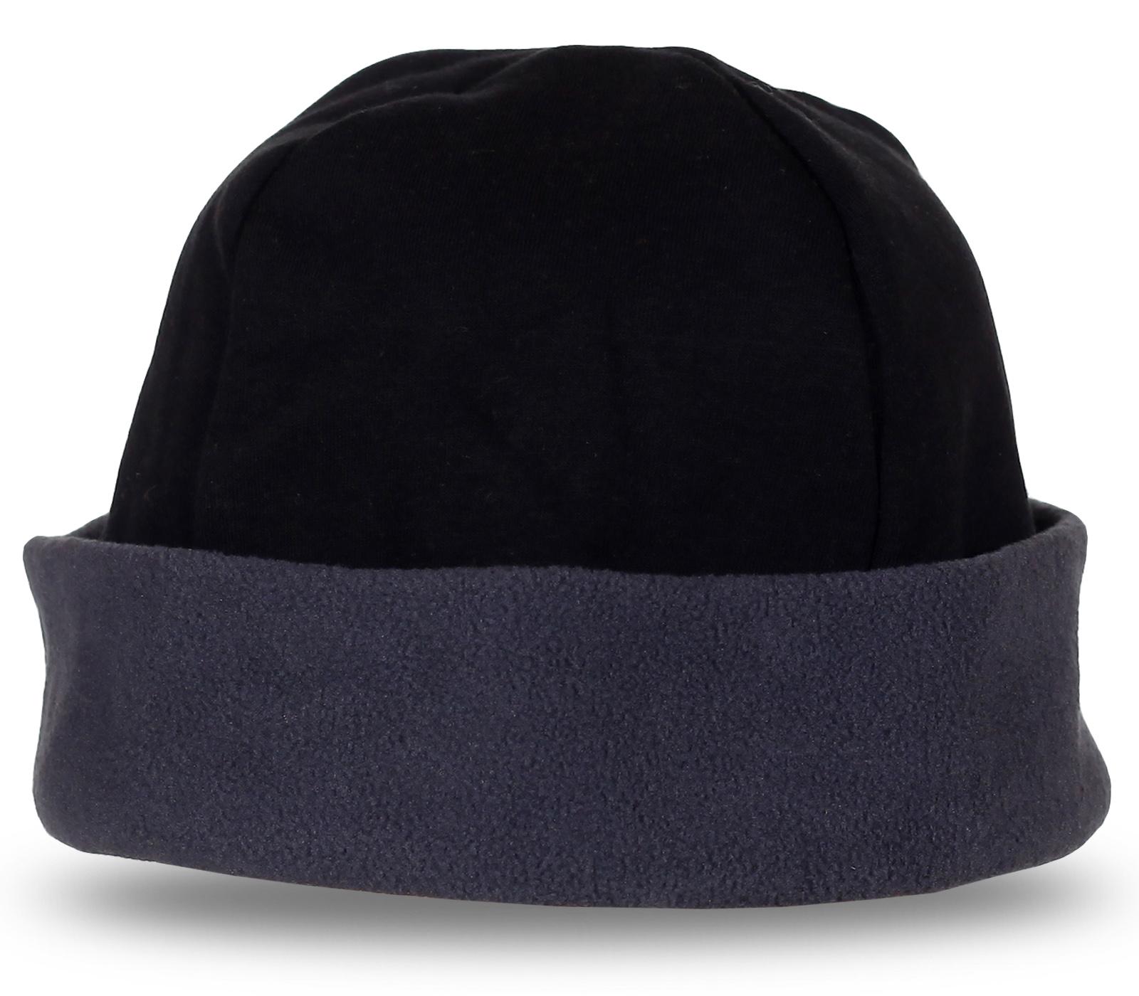 Модная шапка с широким подворотом