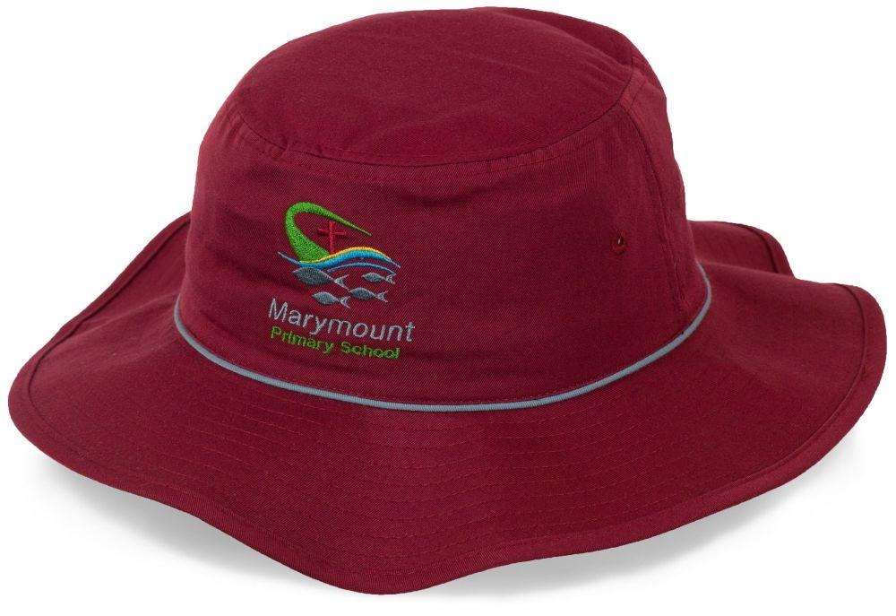 Модная шляпа для пеших прогулок