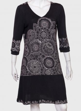 Модное платье с загадочным принтом от Longbao