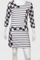 Модное женское платье нескучная ахроматика