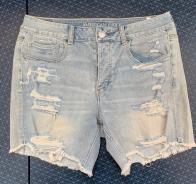 Модные джинсовые шорты АMERICAN EAGLE