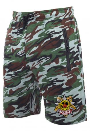 Модные камуфлированные шорты с нашивкой РХБЗ