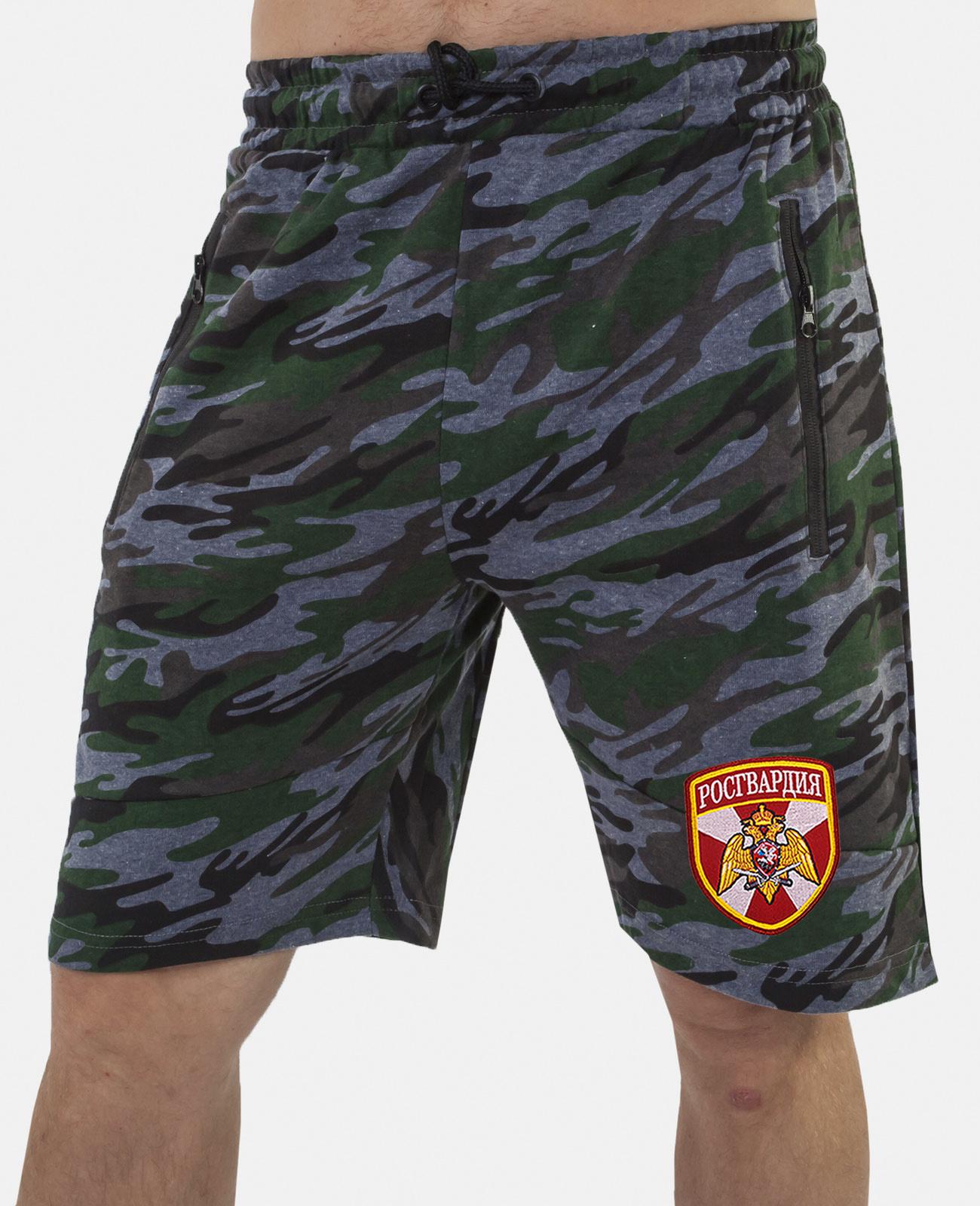 Купить модные камуфляжные милитари шорты с нашивкой Росгвардия оптом выгодно