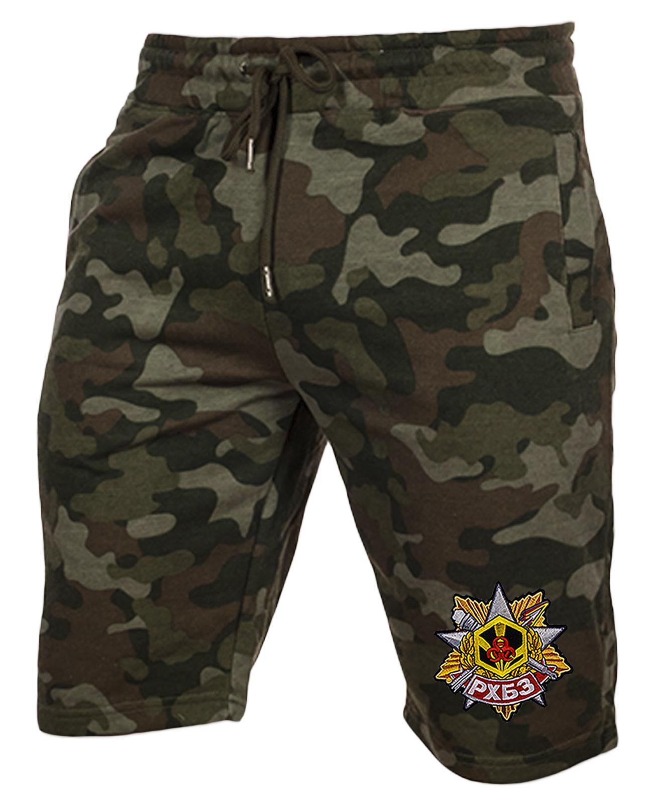 Модные камуфляжные шорты с нашивкой РХБЗ