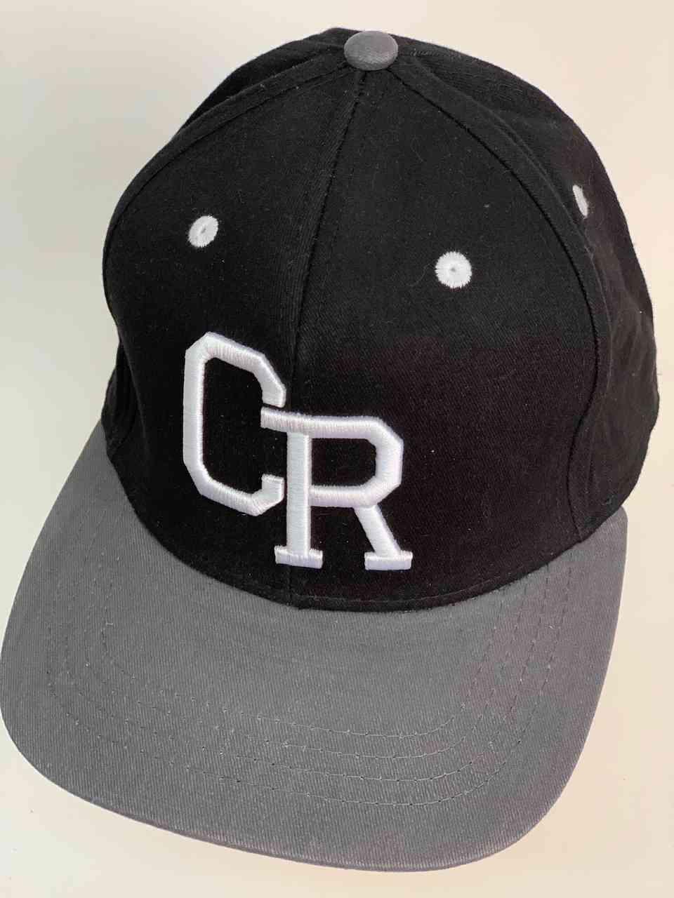Молодёжная бейсболка с широким козырьком CR