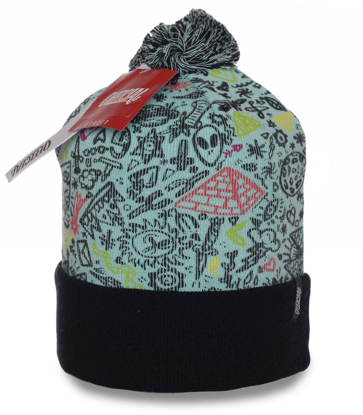 Молодежная шапка Official. Надежно согреет в любую погоду. Оригинальный головной убор для тех, кто ценит стиль и качество