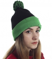 Молодежная шапочка на флисе для девушек