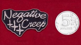 Молодежный дизайнерский значок Negative Creep от Stuntin