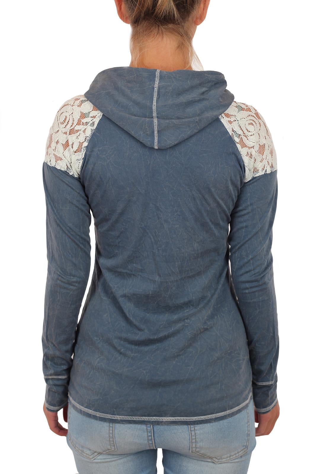 Женский молодежный реглан Panhandle с графическим принтом в стиле ПОП-АРТ. Изящные плечи, наружные швы и тинейджерский капюшон