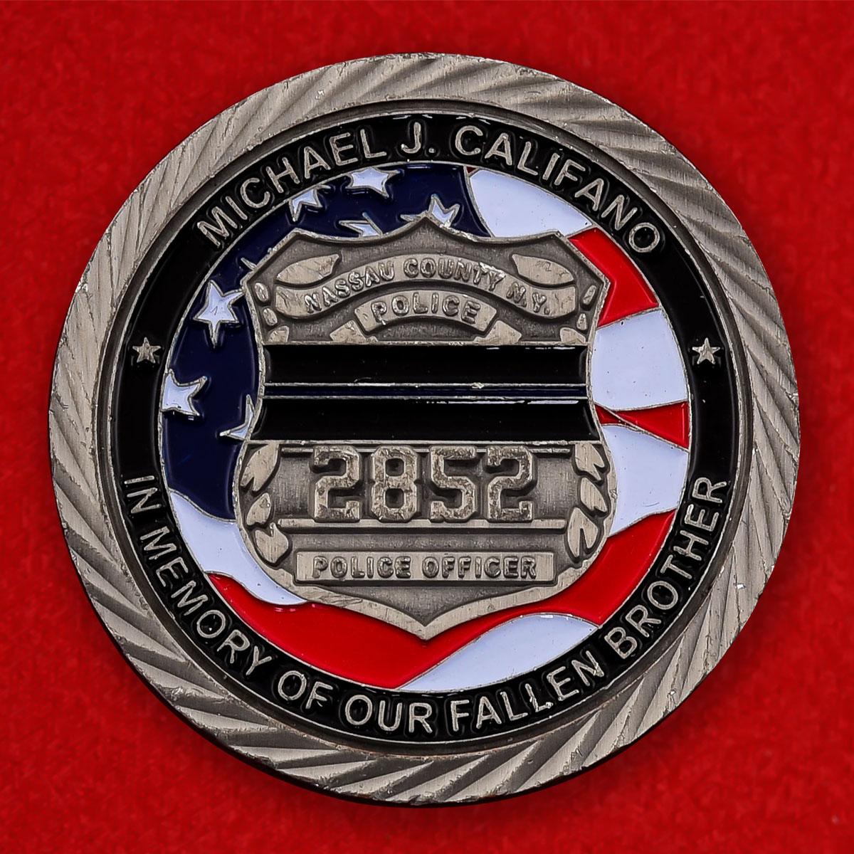 "Монета полиции США ""Памяти Майкла Дж. Калифано, округ Нассо"""