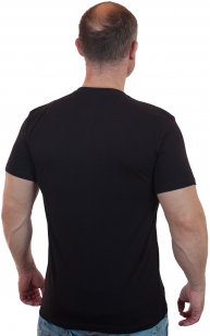 Мужская черная футболка с вышитым флагом России - купить с доставкой