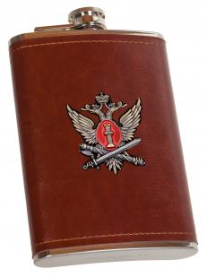 Мужская фляжка с жетоном ФСИН - высокое качество