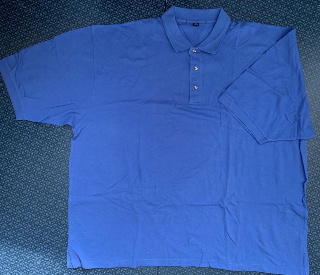 Мужская футболка-поло голубого цвета