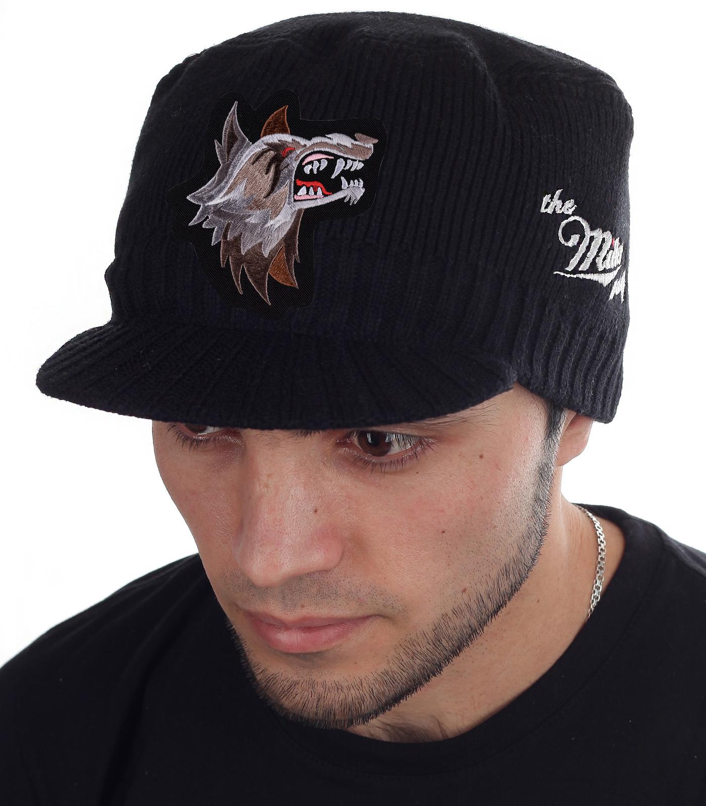 Вязаная мужская кепка The Miller Way. Полноценный фасон на осень-зиму, закрывающий уши, затылок и лоб. Стильная и недорогая альтернатива скучным неудобным шапкам