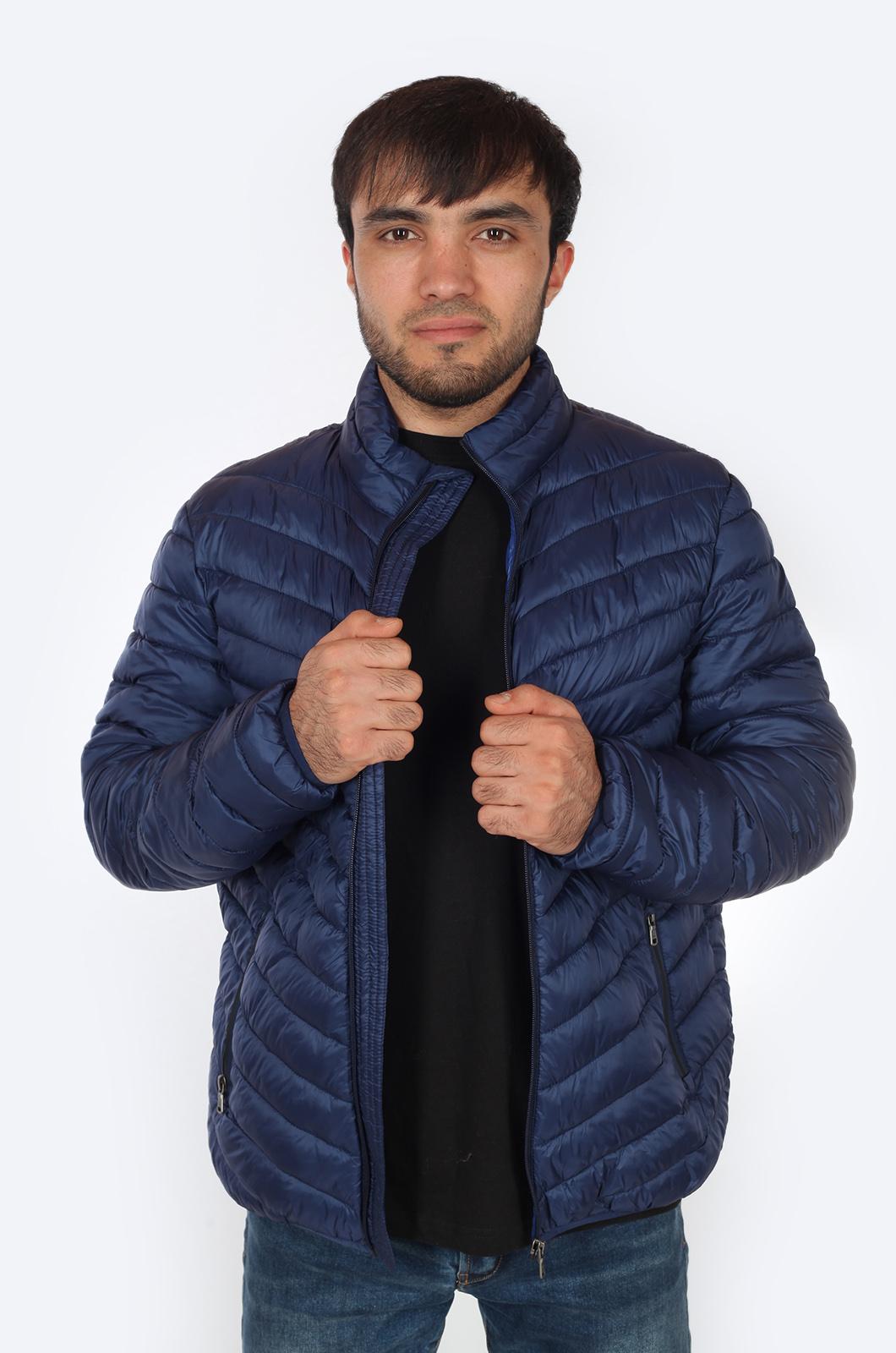 Мужская куртка синего цвета от JCT & CO (США).