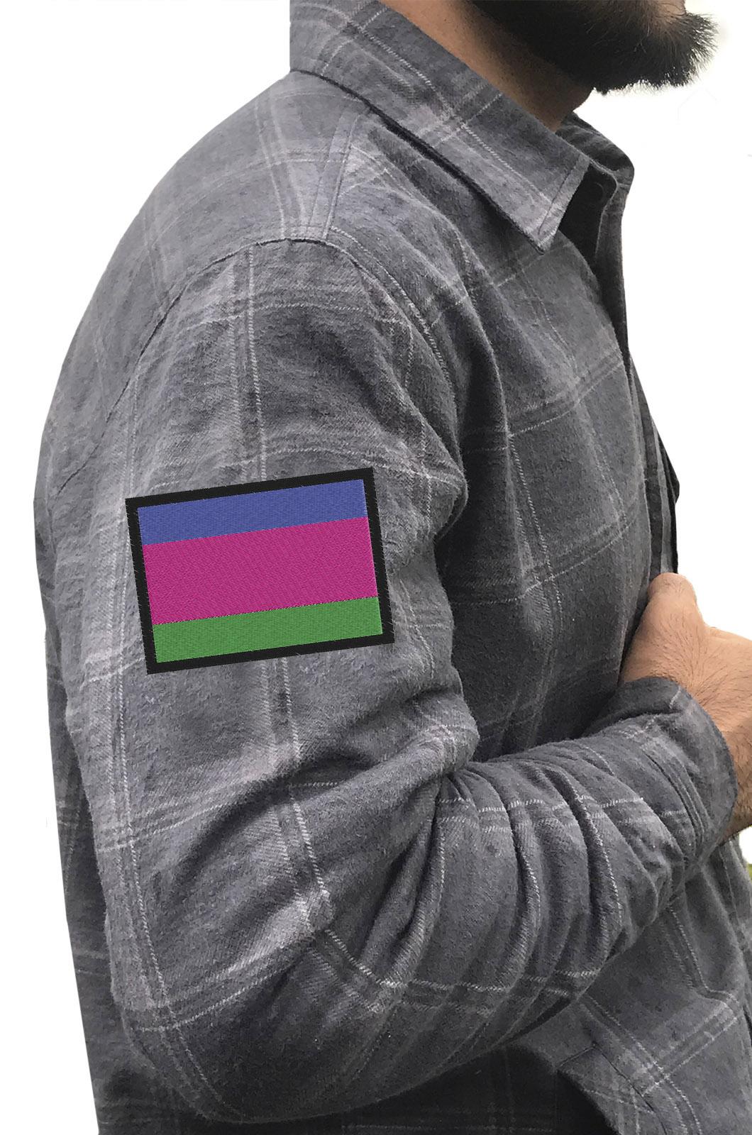 Мужская серая рубашка с вышитым шевроном Войска Кубанского - купить в розницу