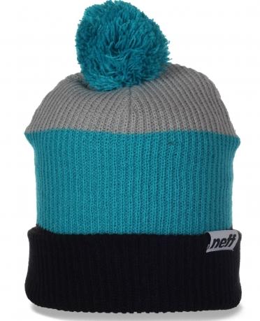 Мужская шапка Neff с полоску. Удобная модель для активного отдыха и спорта